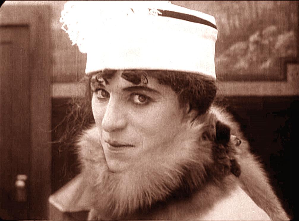 Chaplin: A Woman e The Bank