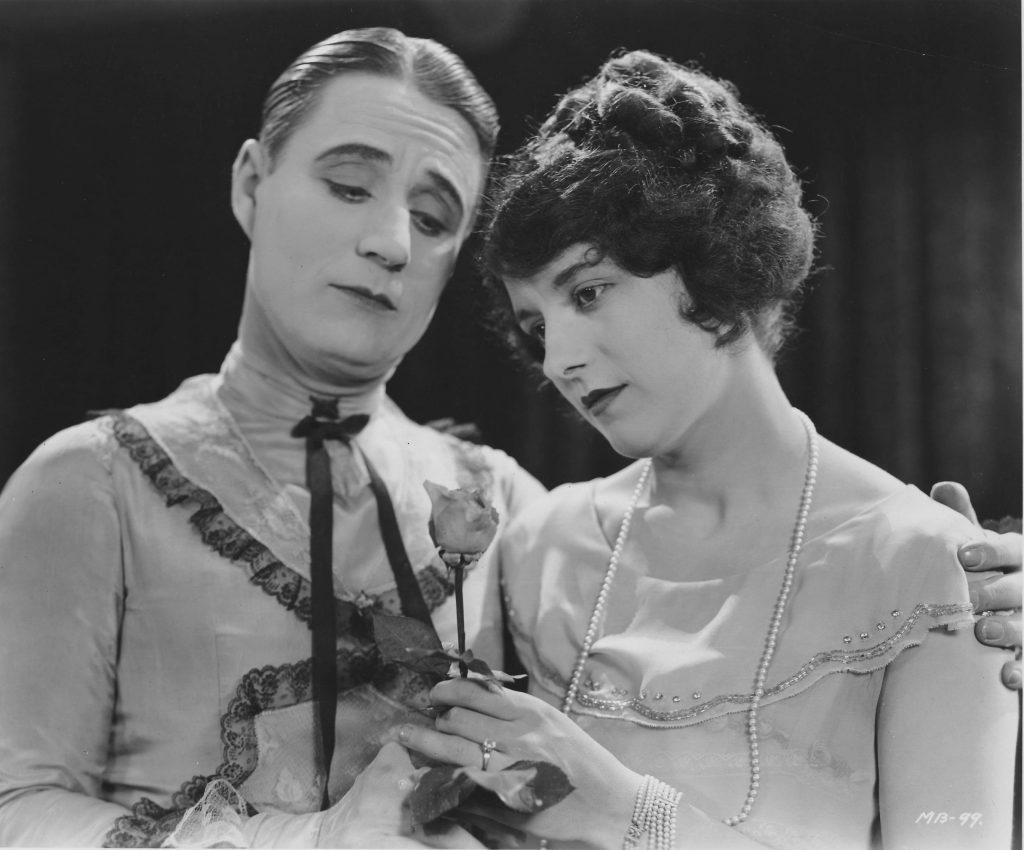 La vita di Sydney Chaplin, fratello di Charlie e talento nell'ombra