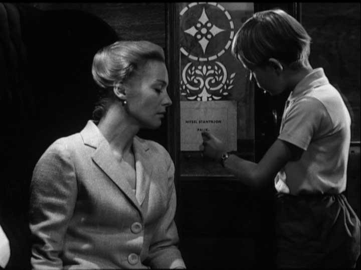 Tornare a Bergman e al silenzio di Dio