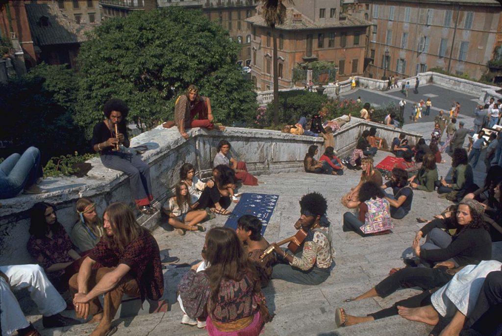"""La grande città nel suo delirio ufficiale. """"Roma"""" di Federico Fellini"""