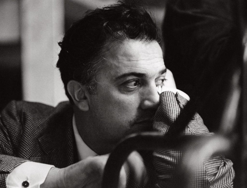 Cent'anni e un attimo. Fellini 100